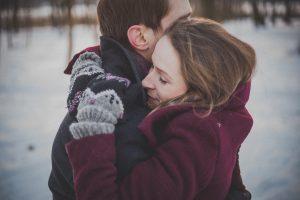 bien-être-couple-thérapie-sophrologue-annecy